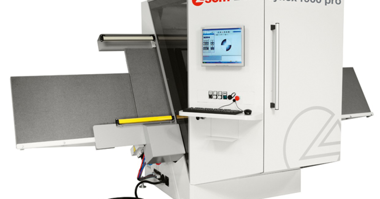 A Cyflex F900 PRO BR will demonstrate its ease of set-up at W14