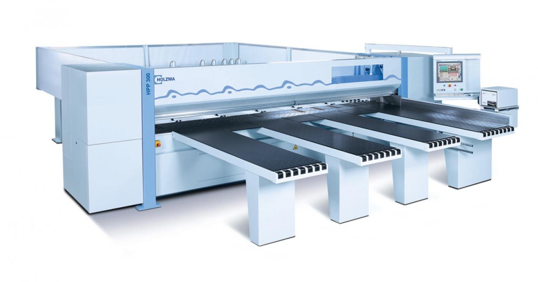 The Holzma HPP 300 beam saw