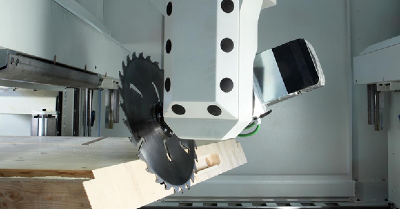 SCM's Routech Oikos six-axis machining head
