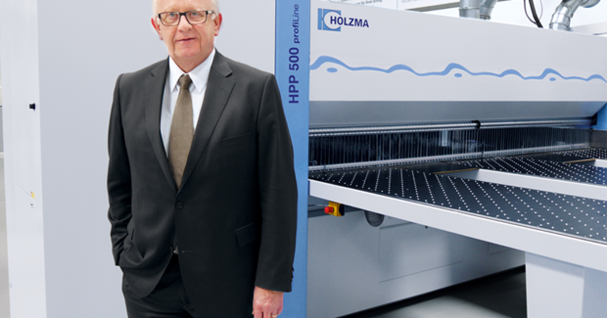 Wolfang Augsten takes up the position of managing director of Holzma