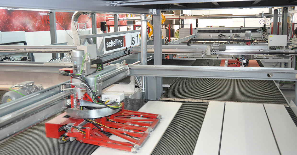 Schelling's Is impressed at Ligna