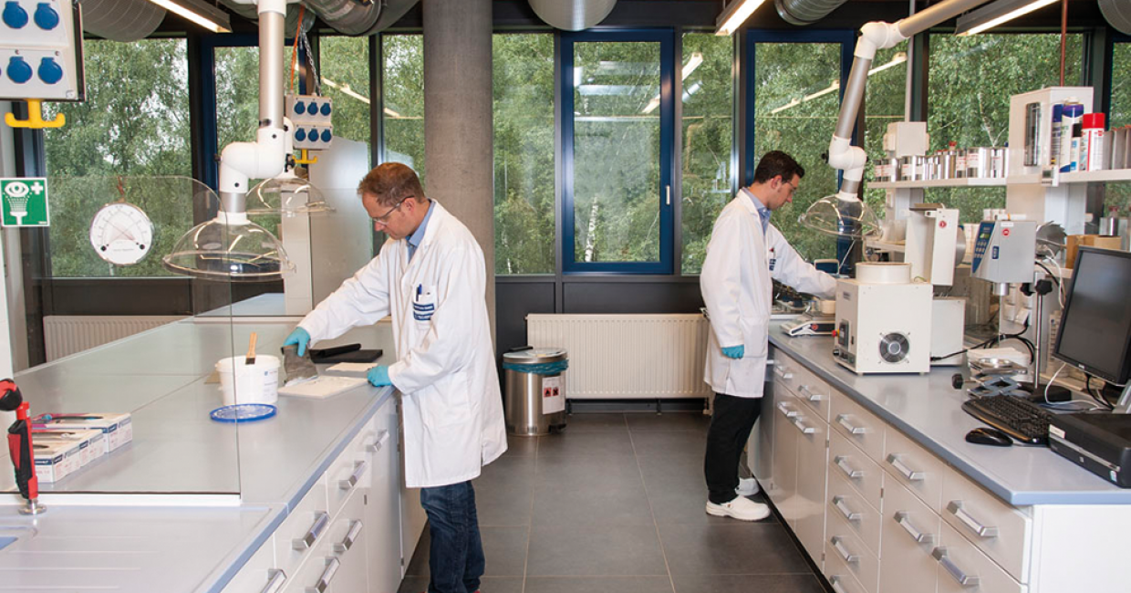 An extensive suite of product development and testing laboratories features in the academy