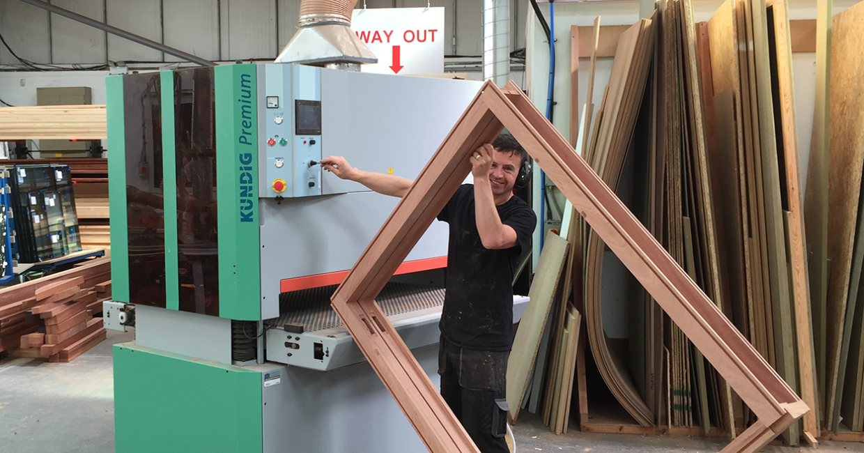 Kundig's Carl O'Meara suggested a Premium-2 1350P sander specially customised for M & R Joinery