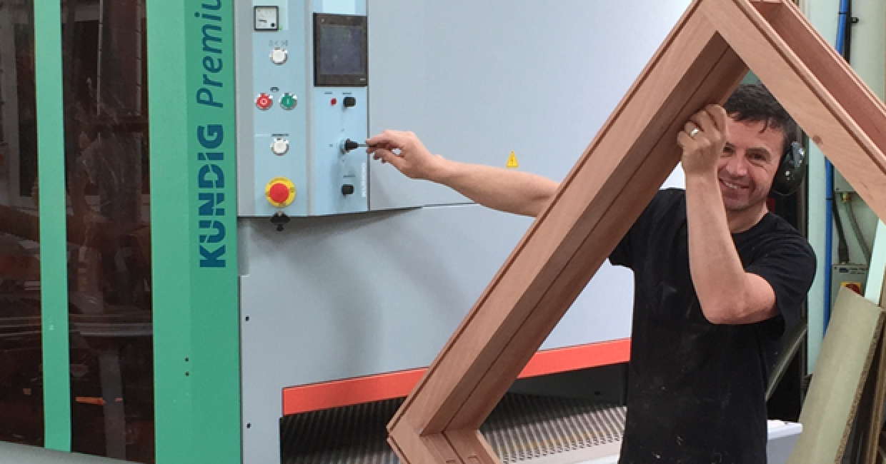 It won't go in that way! M & R Joinery turned to Kundig for its new wide belt sander