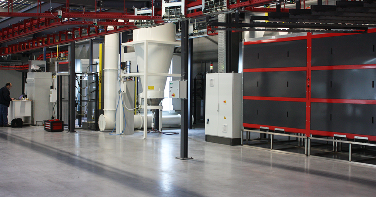 Kempa Keukendeuren's PXM powder coating line by Wagner