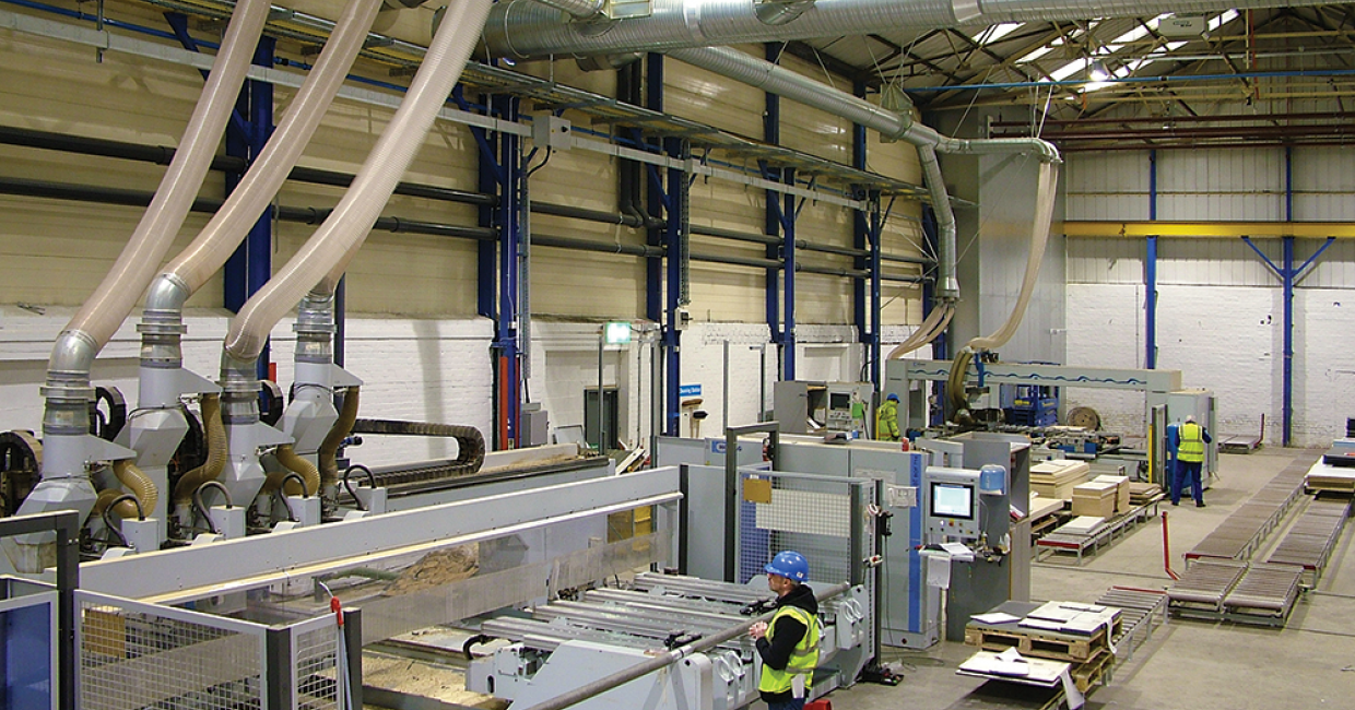 For the VFL 610 postformer, a damper system redirects extraction for either wood or plastic waste