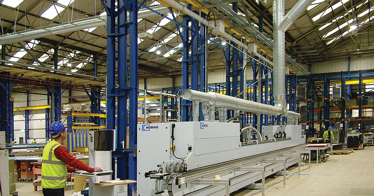 Automatic motorised Ecogate dampers open and close as machines come on-line or shut down