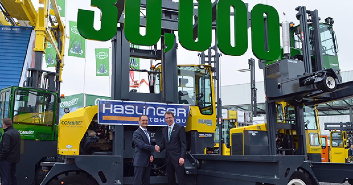 Combilift hits 30,000! Herr Sorger (left) with Martin McVicar