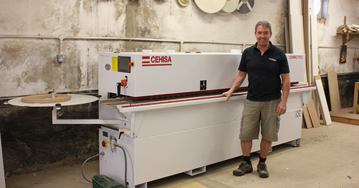 Wayne Geater of Simply Wood with his new Cehisa Compact PCS edgebander
