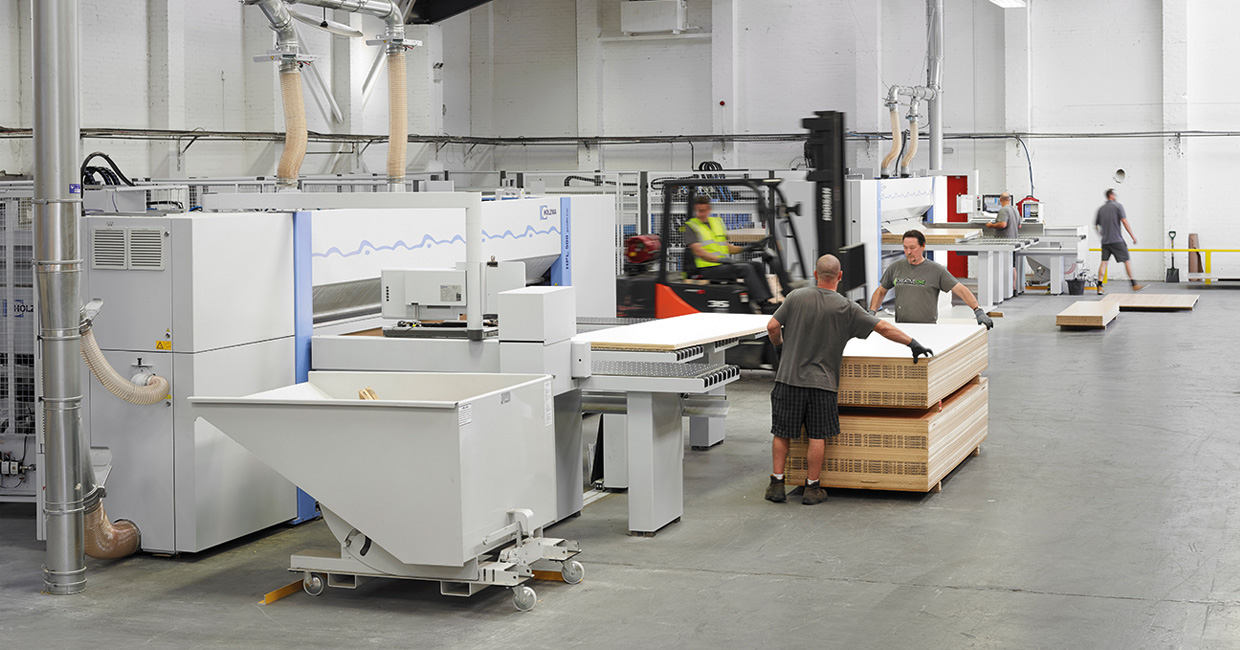 Two new state-of-the-art beam saws from Homag