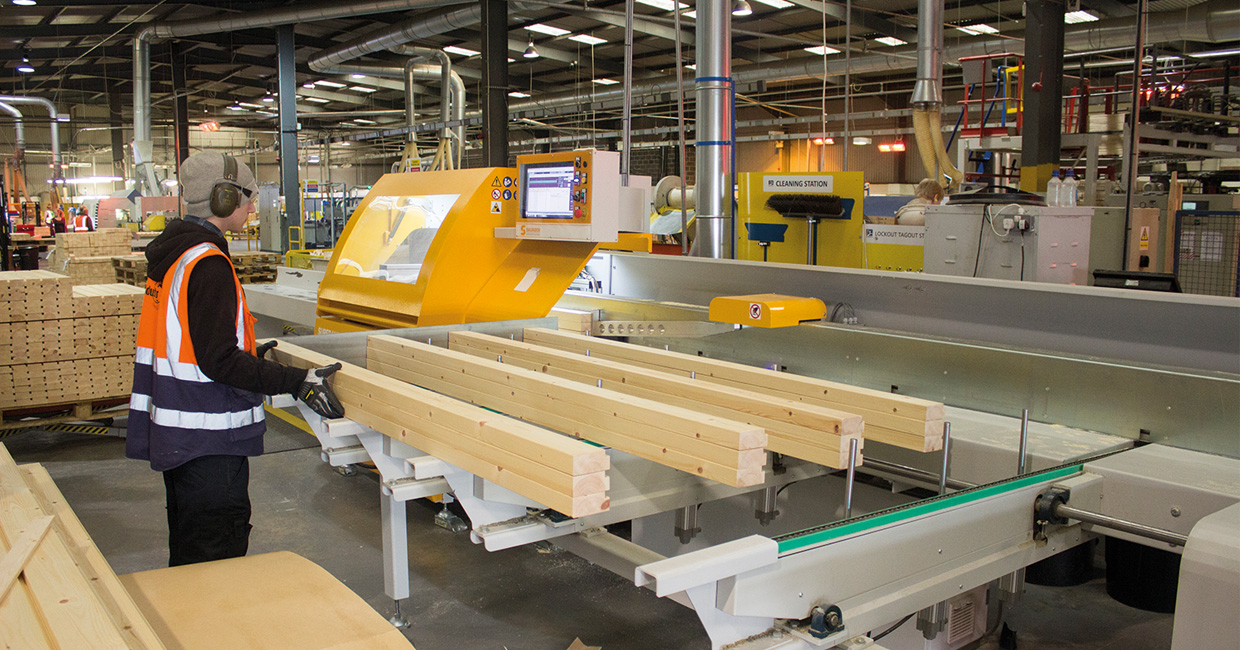 To optimise production of its market-leading portfolio of timber products, JELD-WEN selected crosscut technology from Daltons Wadkin
