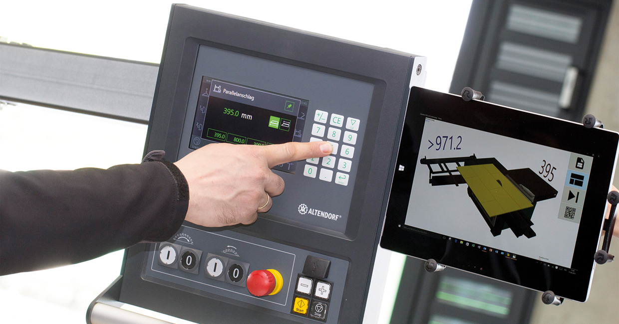 The Altenodrf MAGIS software application runs on a Windows-based touchscreen tablet