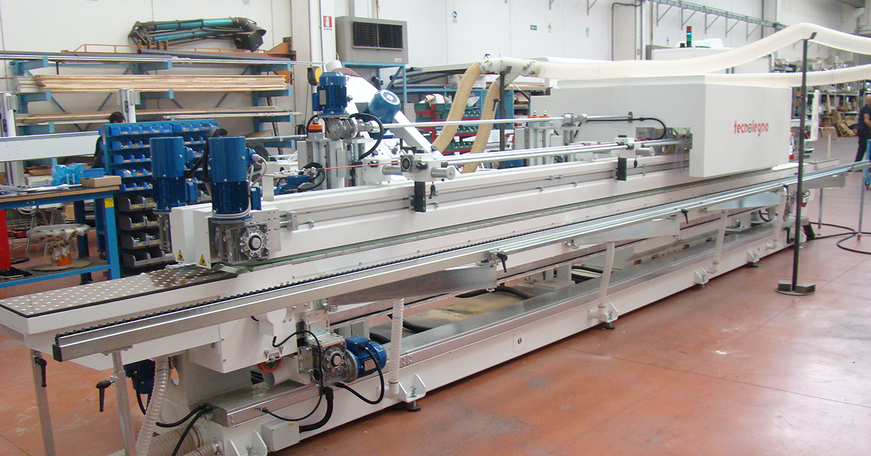 The Makor wide-track edge-processing machine at Starbank