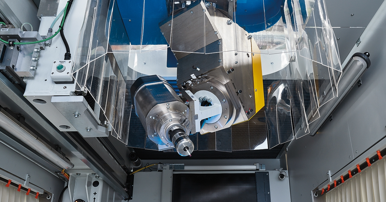 Robust and precise with the POWER-Maka five-axis head
