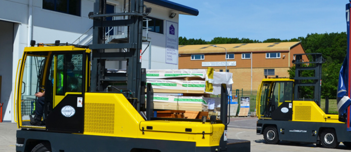 Customised handling solutions and new Combilift 4WSL at W14