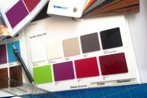 Nine new acrylic gloss surfaces from Kronospan