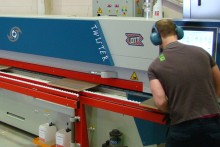 Frontline Cabinets achieves zero glue-line finish with Paul Ott edgebander from Fen UK