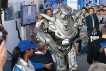 Homag rocks Ligna as Titan the Robot steels the show