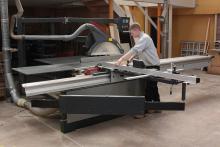 Daltons Wadkin installs Altendorf at R & S Tonks