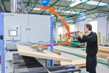 Palamatic vacuum lifters and gantry choices for wood handling processes