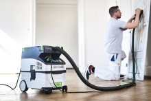 A perfect duo: sanders and dust extractors